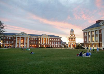 Freshman   Freshman Admission   Christopher Newport University Christopher Newport University
