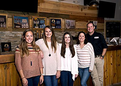 CNU students with Tradition Brewmaster Dan Powell.
