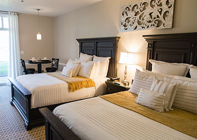 The Lodge at Kiln Creek hotel room with two beds
