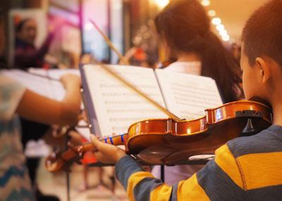 Elementary school music class